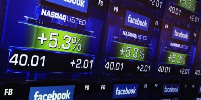 Malgré une introduction en bourse décevante, Facebook envisagerait deux nouvelles acquisitions
