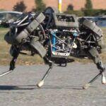 Google s'offre Boston Dynamics, un fabricant de robots humanoïdes