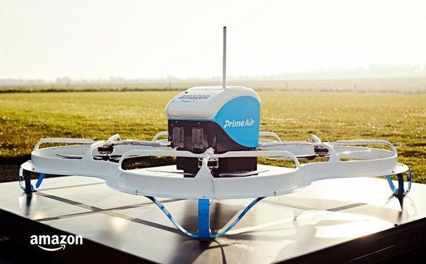 Bientôt un entrepôt volant pour Amazon et ses drones ?