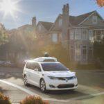 Chrysler dévoile le premier véhicule équipé du système Google Waymo