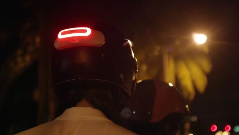 La start-up Cosmo Connected mise sur son casque connecté pour les motards