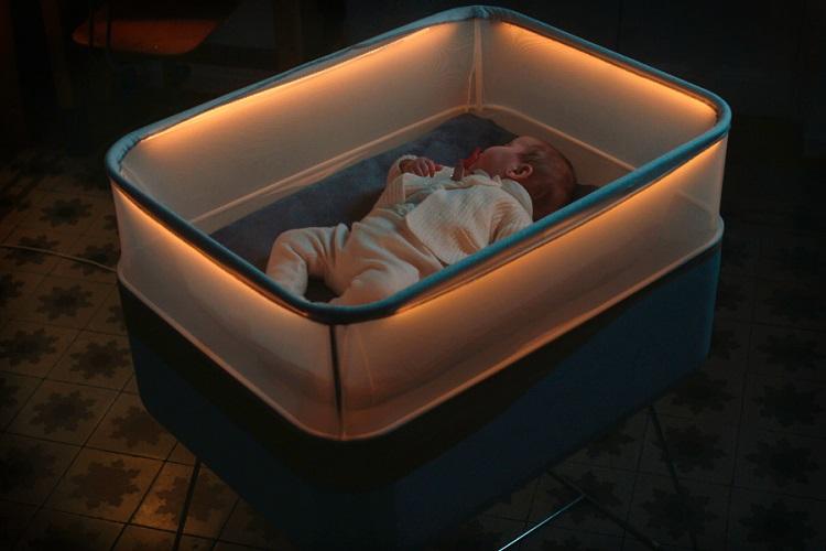 [Vidéo]: Ford teste le max motor dream, un lit pour bébé connecté & intelligent