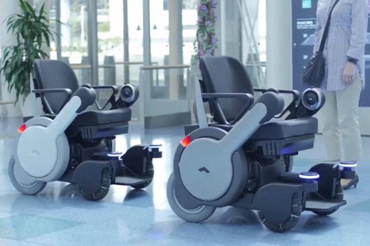 [Vidéo]: Panasonic a mis au point des fauteuils roulant autonomes pour les aéroports