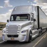 """En Oregon, Daimler va tester le """"platooning"""" de camions semi-autonomes"""