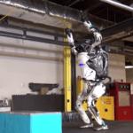 [Vidéo]: Boston Dynamics dévoile ses robots relookés et aux nouvelles performances