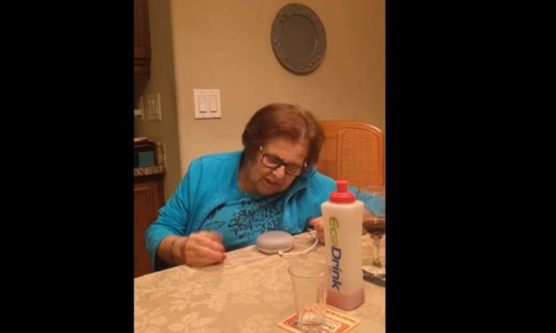 [Vidéo]: Quand une grand-mère fait un coup de pub au Google Home…