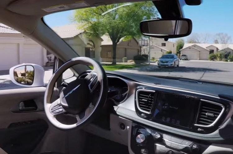 vehicule-autonome-waymo