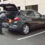 [Vidéo]: Amazon offre un service de livraison dans les coffres des voitures connectées
