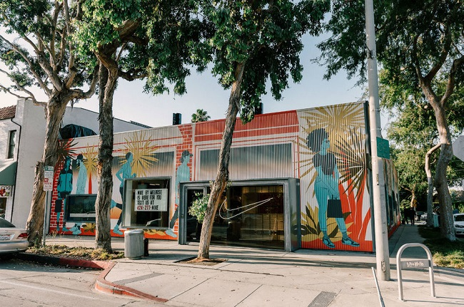 A Los Angeles, Nike lance « Nike By Melrose », un concept store digitalisé