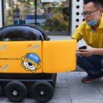En Chine, un petit robot autonome fait des livraisons à domicile