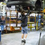 [Vidéo]: Pour accompagner ses salariés, Ford déploie des exosquelettes dans 15 de ses usines
