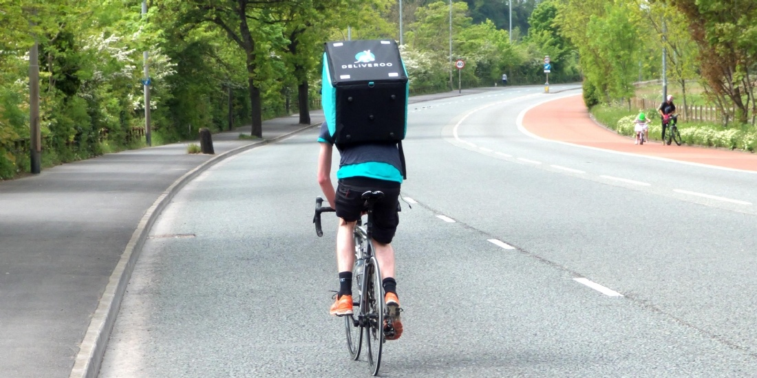 Deliveroo-installe-Taiwan-T