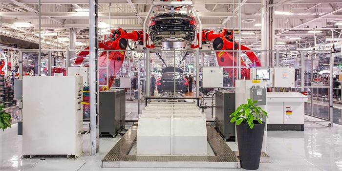 Deux cadres de chez Tesla démissionnent pour fonder leur start-up