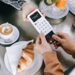 La start-up Shine propose un terminal de paiement pour les travailleurs indépendant
