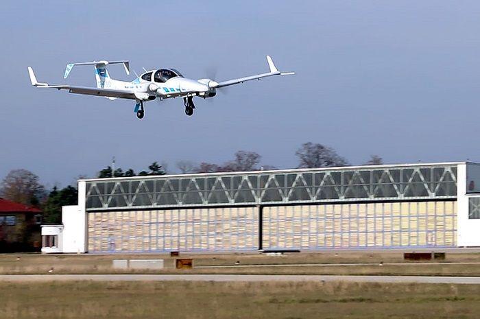 [Vidéo]: Pour la première fois , une équipe de recherche Allemande fait atterrir un avion en toute autonomie