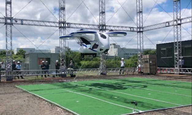 [Vidéo]: Au Japon, une voiture volante réalise son premier vol