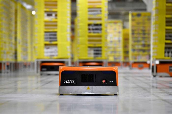 Amazon choisit Brétigny-sur-Orge pour ouvrir son premier centre de distribution robotisé