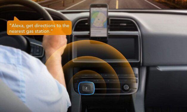 Avec l'allume-cigare connecté Anker Roav Bolt, embarquez Google Assistant dans votre voiture!
