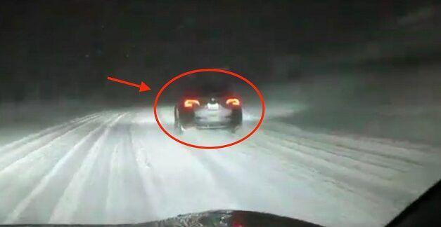 [Vidéo]: Regardez le prototype d'une tesla y filmé sous la neige
