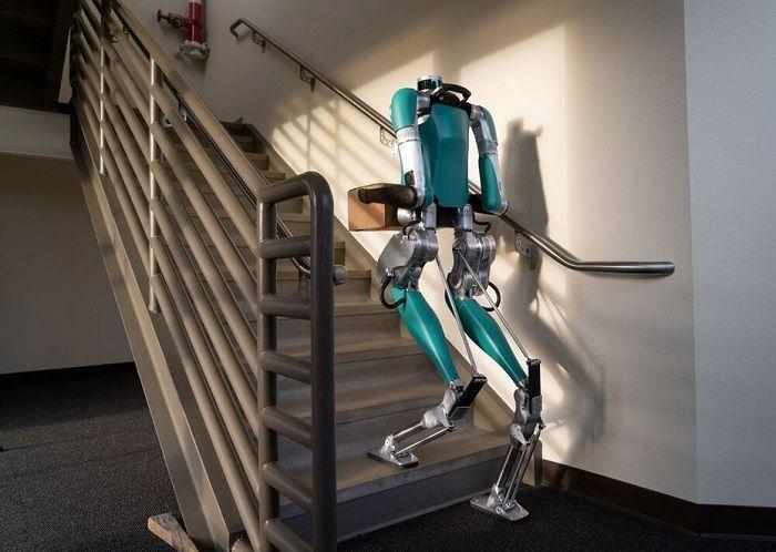 robot digit escaliers