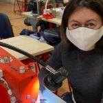 1083: Une start-up Drômoise qui passe des jeans aux masques pour endiguer la pénurie