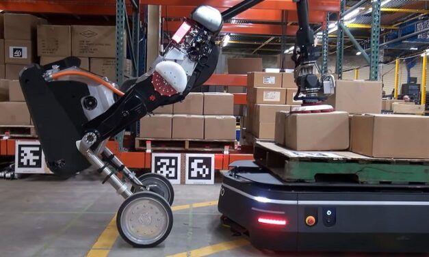 [Vidéo]: La nouvelle solution robotique logistique née de l'union entre Boston Dynamics et Otto Motors