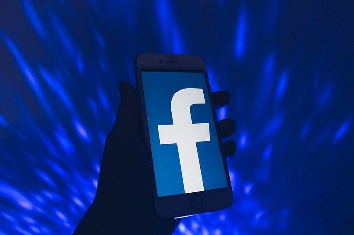 Infographie: Facebook passe le cap des 3 milliards d'utilisateurs