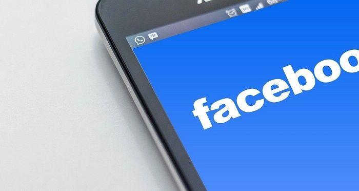 Infographie: La domination de Facebook sur les réseaux sociaux