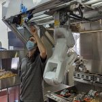 MIso Robotics officialise la commercialisation de son assistant de cuisine robotisé nommé Flippy