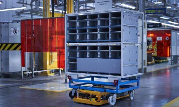 BMW se lance officiellement dans la logistique robotique avec sa filiale IDEALworks