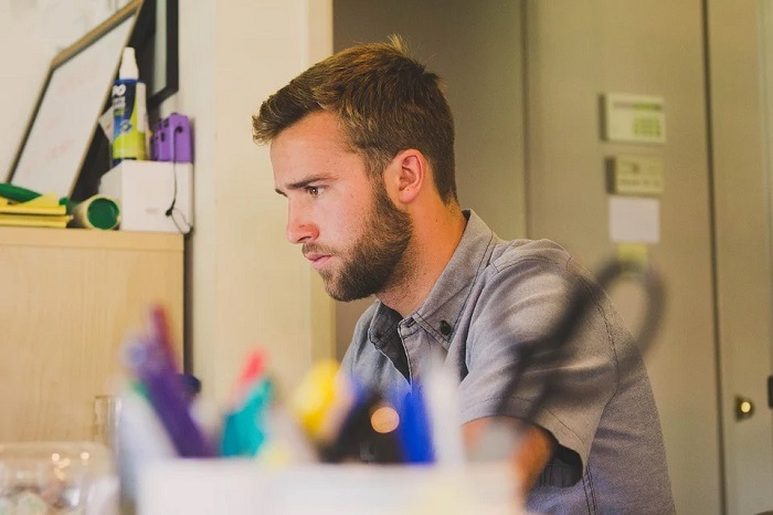 Comment créer plus facilement sa start-up quand on est étudiant ?