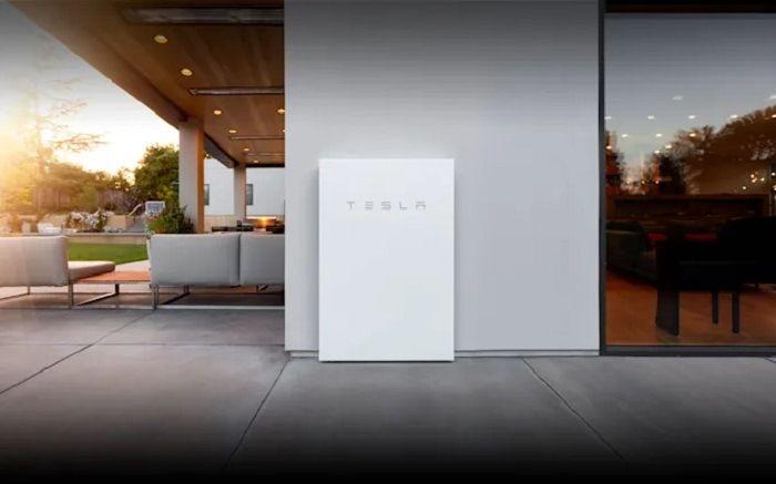 "Tesla a déjà installé 200 000 batteries d'intérieur ""Powerwall"""