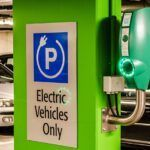 Infographie: Les pays les plus équipés en bornes de recharge pour véhicules électriques