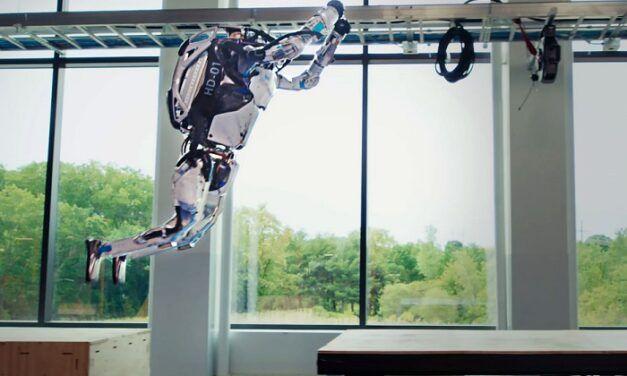 [Vidéo]: Regardez le robot Atlas s'illustrer dans un parcours d'obstacles