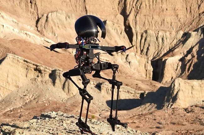 [Vidéo]: Le Caltech lance Leornado, un robot bipède qui peut marcher et voler